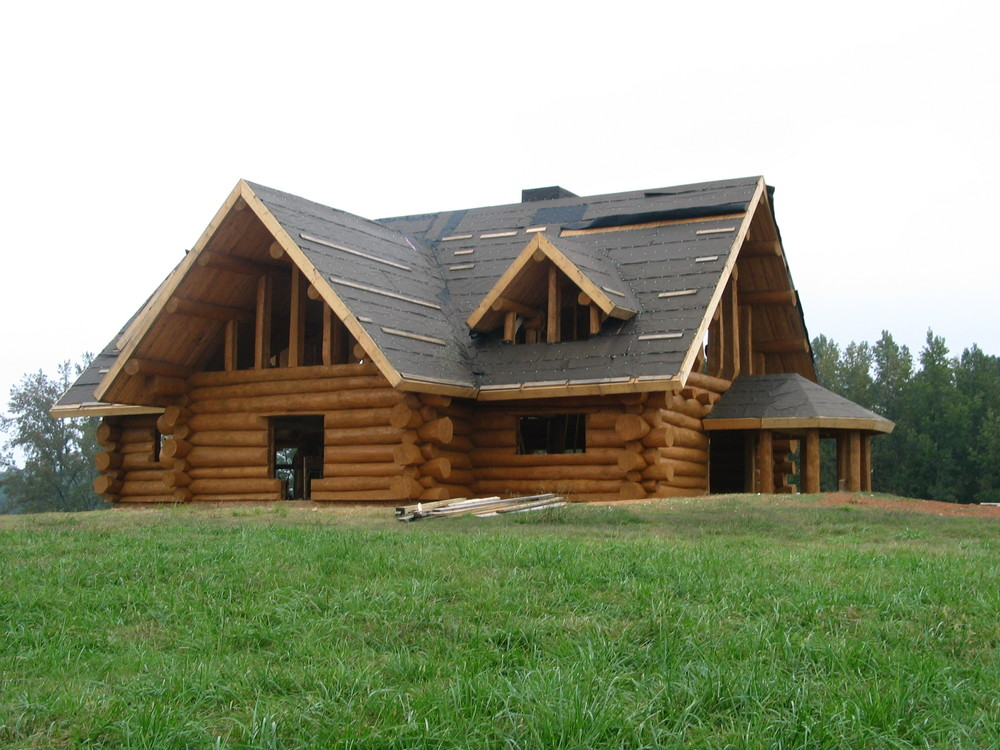 Mountain Top Log Home Care Is The Company To Trust In Getting Your New Log  Home Stained, Caulked, Or Chinked Right The First Time.