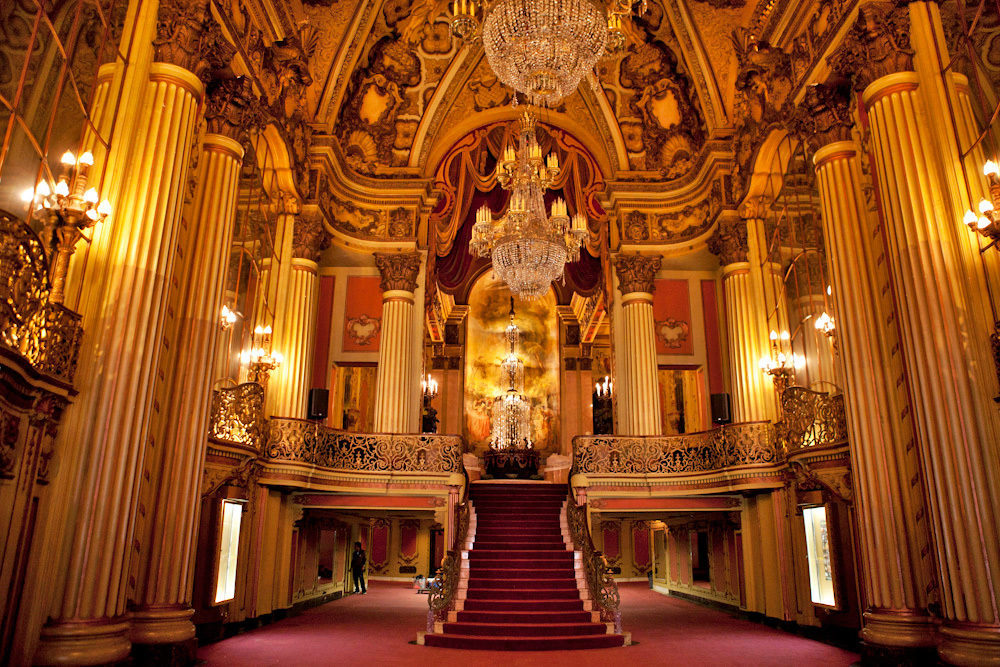 The Los Angeles Theater (Photo Source: Curbed LA)