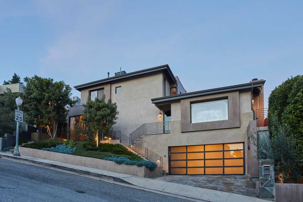 324 N Bonhill RdLos Angeles, CA 90049 - $2,850,0004 Bedrooms3 Bathrooms2,755 square feet