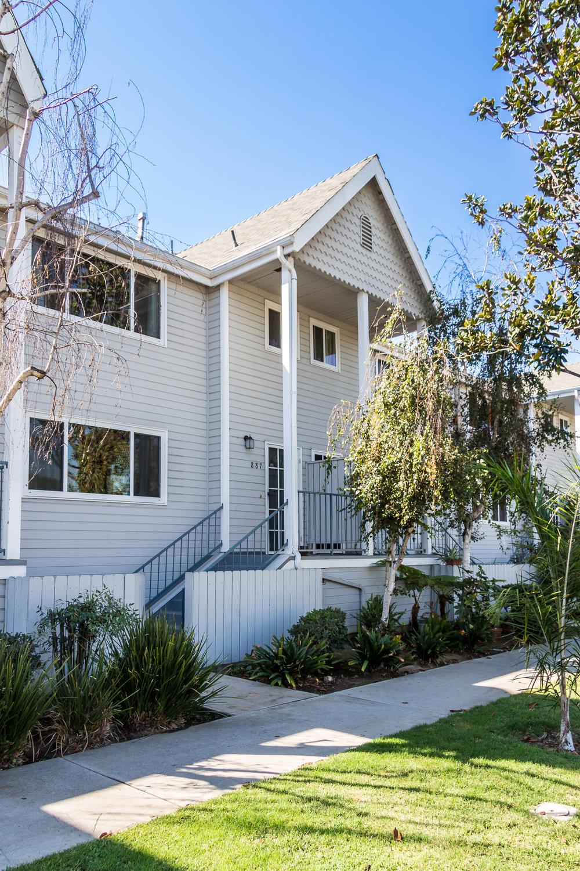 887 Magnolia Ave, Long Beach, CA 90813-35.jpg