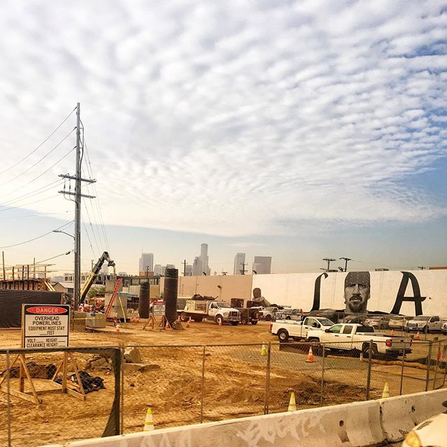 Constructing the #sixthstreetbridge in #DTLA.