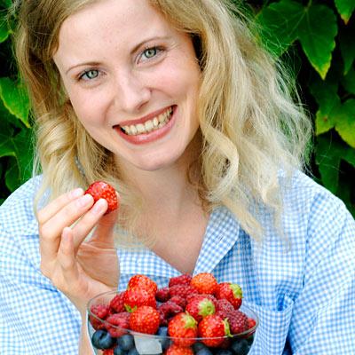 amazing-health-benefits-of-berries.jpg