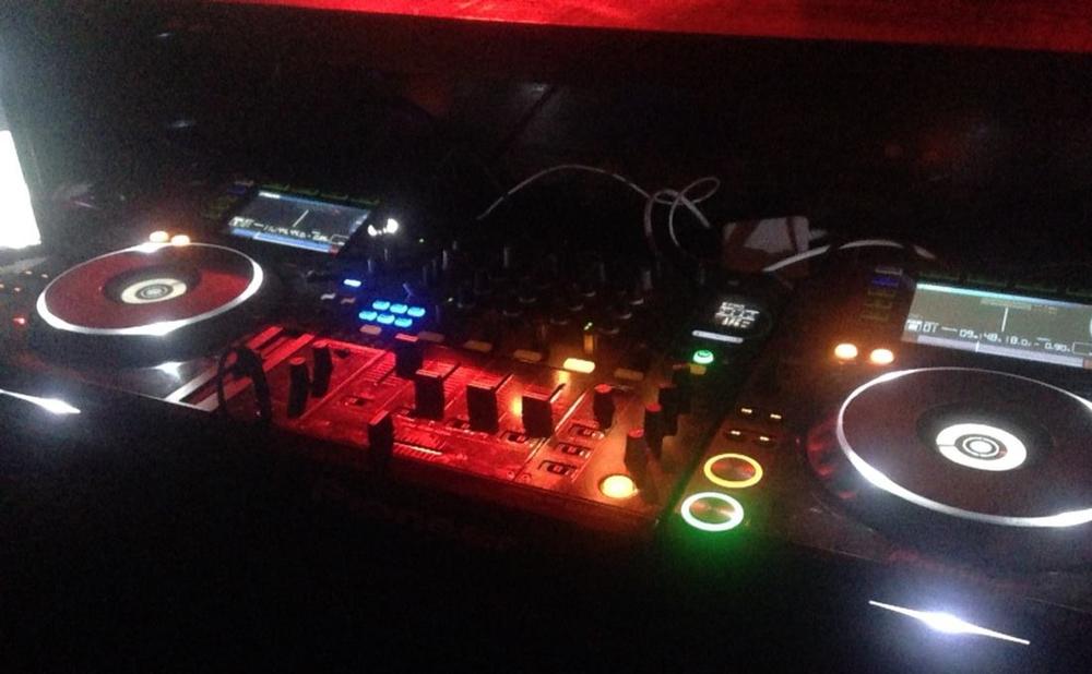 DJ Anthem DJ Gear CDJ2000 DJM900.jpg