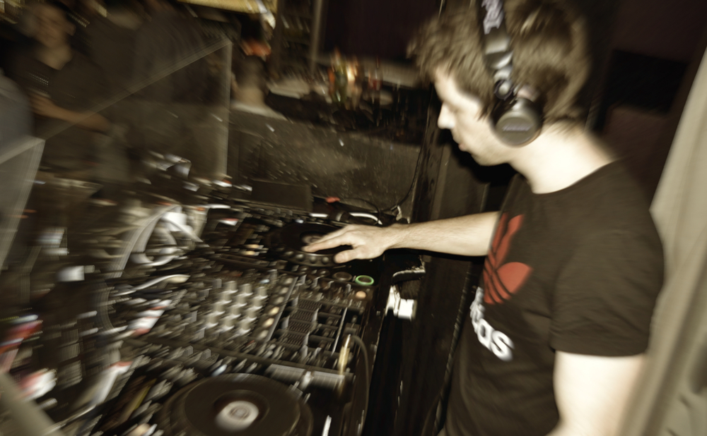 DJ Anthem Profile 2.jpg