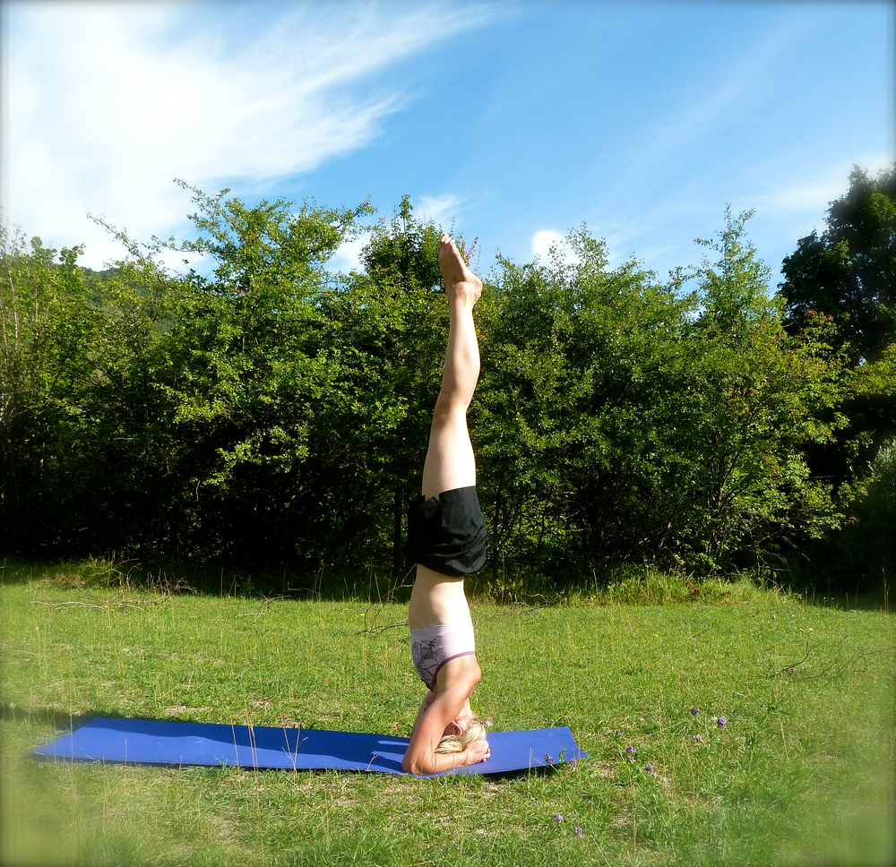 Learning in Headstand in the outdoors