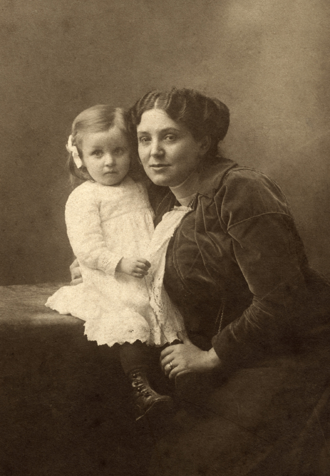 Louise Bourgeois with her mother, Joséphine