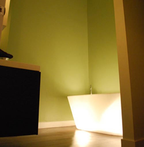 bath-upstairs.jpg