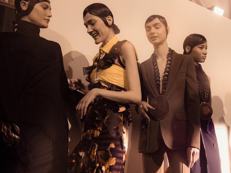 Givenchy - SS17 -12.JPG
