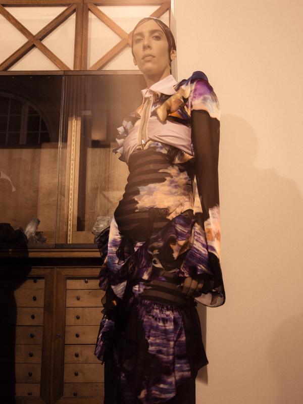 Givenchy - SS17 -13.JPG