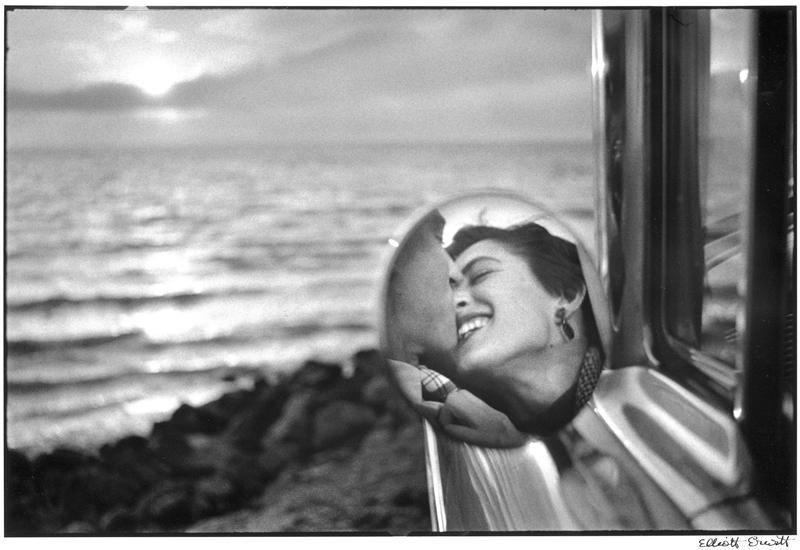 Elliott Erwitt, Santa Monica, California (1955)