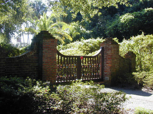 Interlachen Gate.jpg