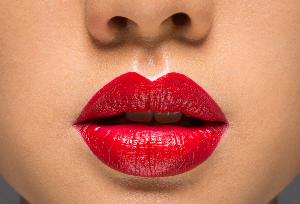 NPP_ESSENCE_Lips_0106.jpg