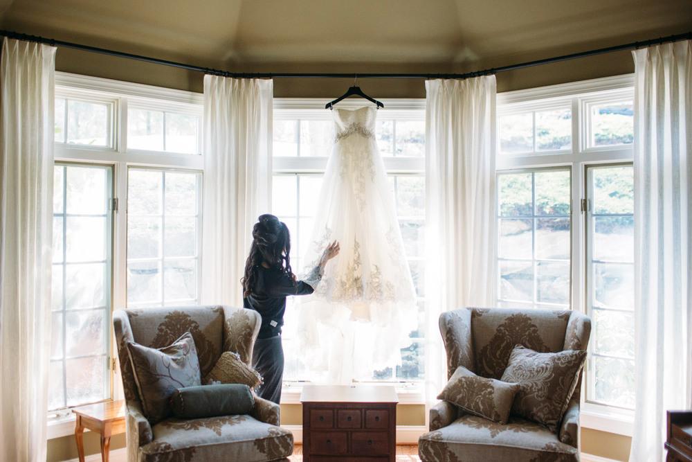 lydia-john-wedding-pennsylvania-terrain-0003.jpg