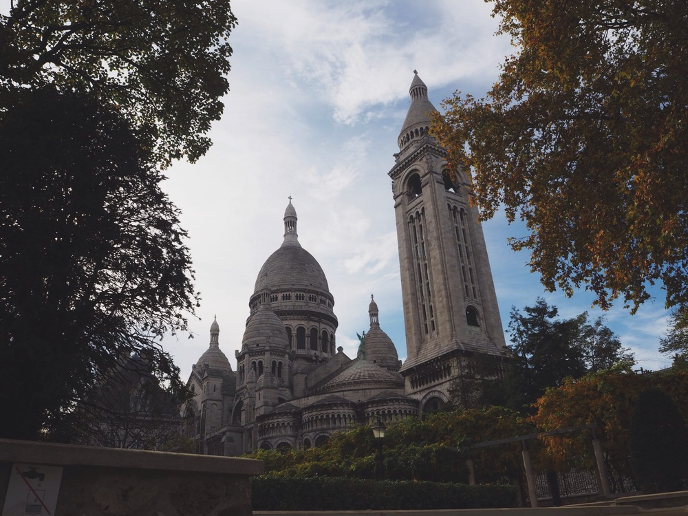 We did a free walking tour of the Montmatre area, which I highly recommend! I always try to do one of those tours when I'm in a new place, you get to see so much more than you do on a bus, and you also get lots of insider tips from the guides. This is the backside of Sacré Coeur, so much more beutiful than the front!