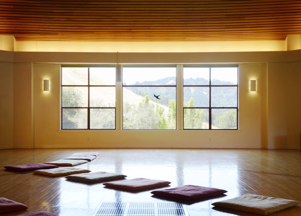 MeditationHall_07_NYT_final.jpg