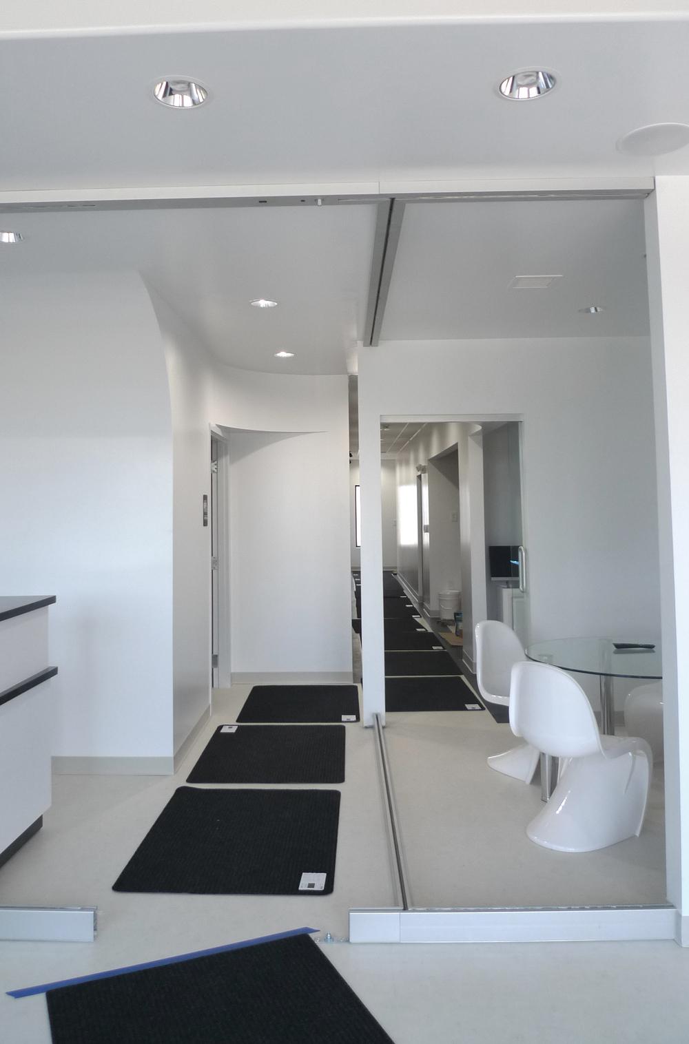 corridor - photo3.jpg