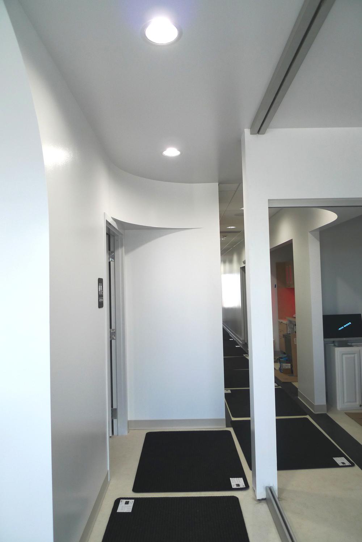corridor - photo 2.jpg