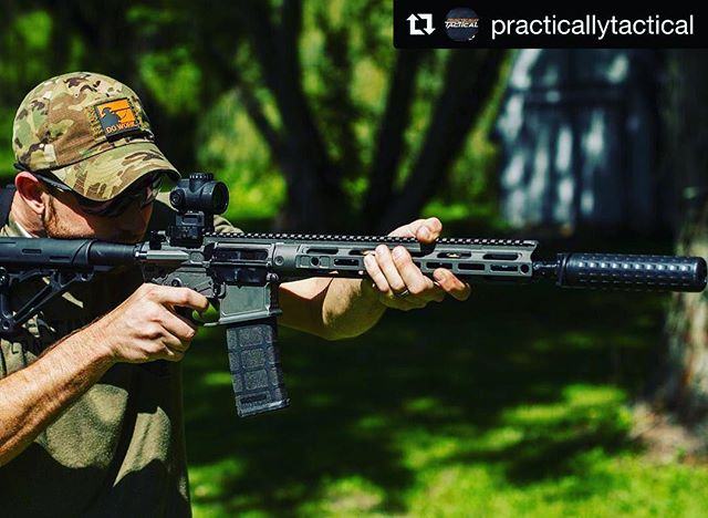 #Repost @practicallytactical with @repostapp ・・・ @forestcitytactical getting some time behind the @moderncarbine MC6 with the @griffin_armament M4SD2. The rifle and silencer so lightweight, makes this a great combo. #ar15 #rifle #rifleholics #igguns #guns #igmilitia #gunporn #modernoutfitters #2a #shooting