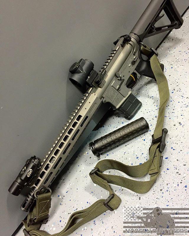 "@moderncarbine MC5 5.56mm 11.5"" SBR with @griffin_armament M4SDII Supressor. #moderncarbine #modernoutfitters #shooting #guns #2a #class3 #sbr #556 #le"
