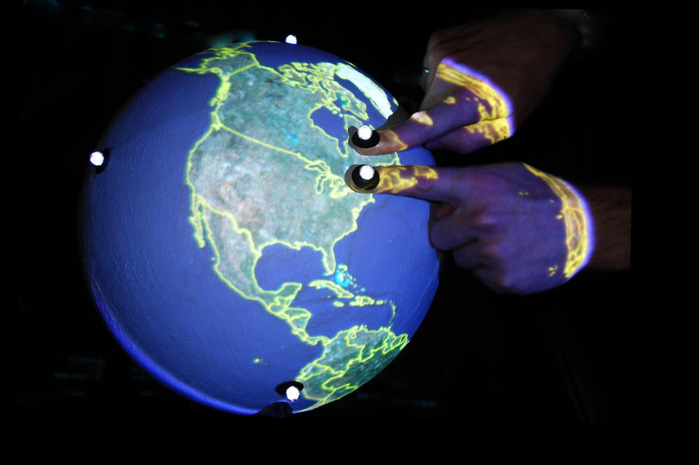 first multitouch sphere (2008): zoom in gesture