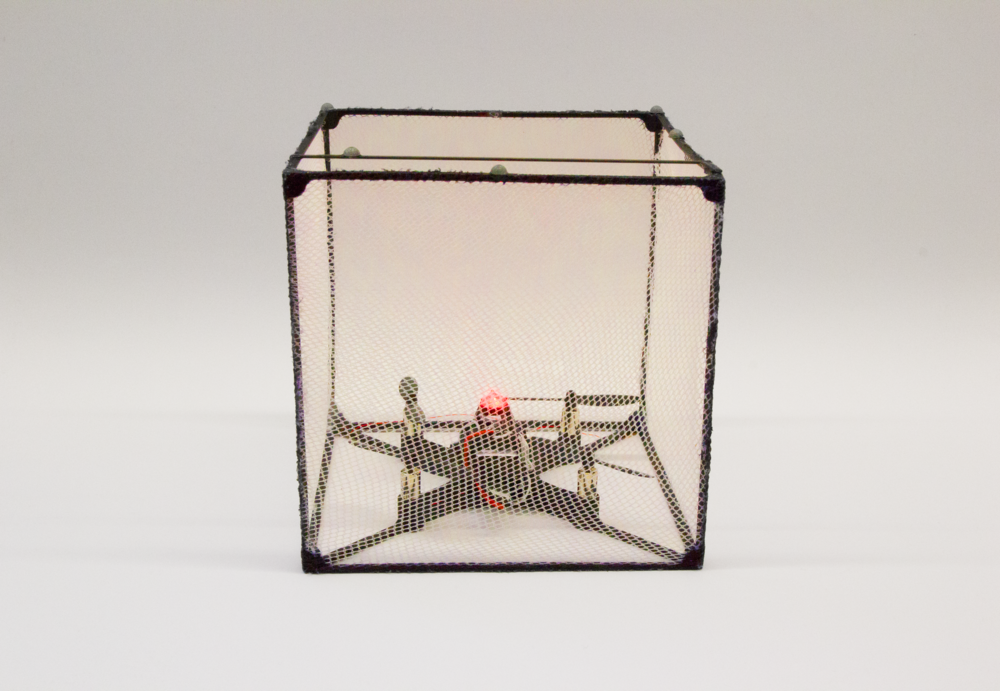 BitDrones (2015): Cube-shaped ShapeDrone with RGB LED (red)