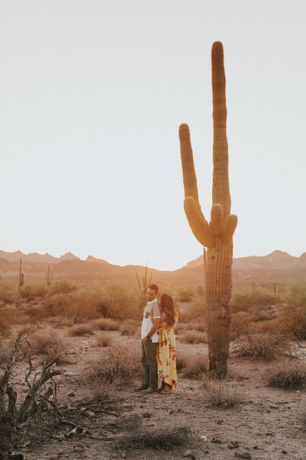 lost dutchman state park couple session