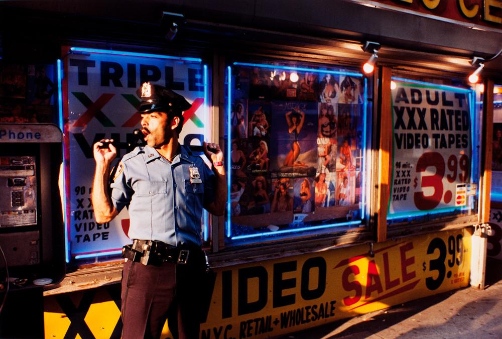 Untitled, NYC (from Sidewalk)© Jeff Mermelstein