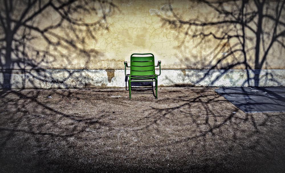 Chair, Jardin des Tuileries, Paris, France© Brian Carroll