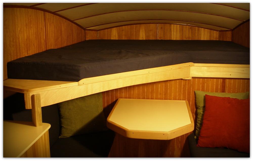 bed extended.JPG