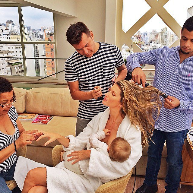 As demonstrated by Gisele...breastfeeding, the new celebrity weight loss plan....sorry, cheesy but I couldn't resist.