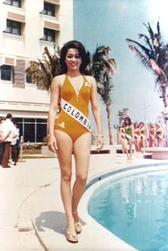 Photo from:  http://veestarz.com/pageants/universe/mu1970s/1974/1974-12spa