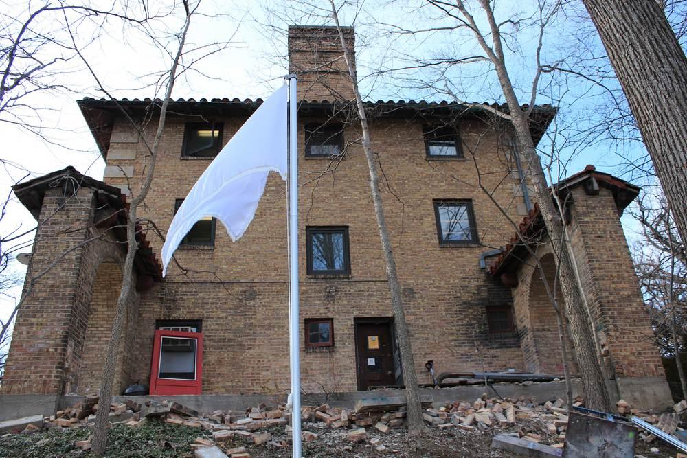 Flag_left.jpg