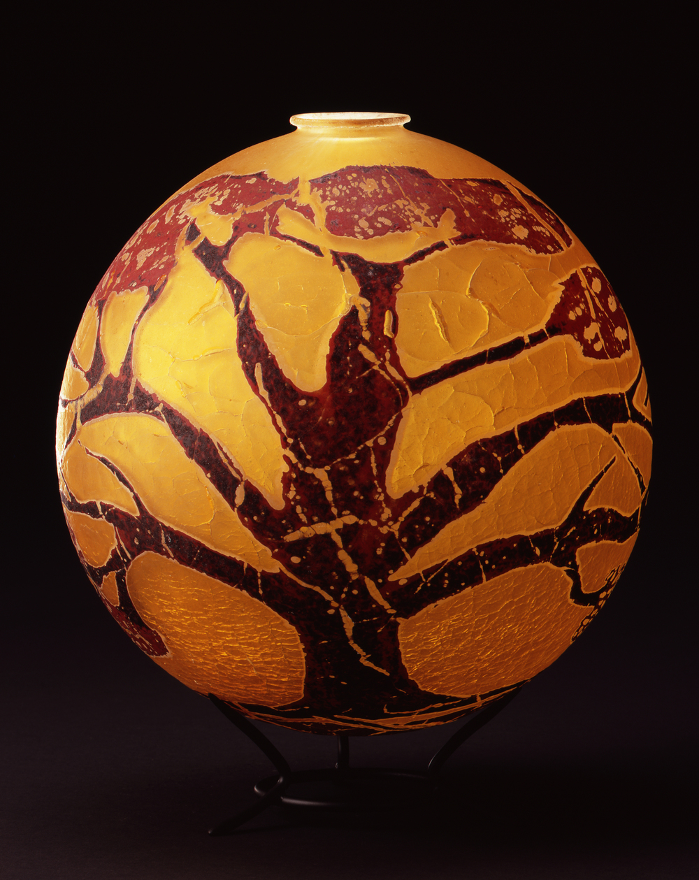 William Morris,  Globe Vessel with Juniper Tree Form  (2004, glass, 11 1/8 x 9 3/4 x 9 3/4 inches), WM.22