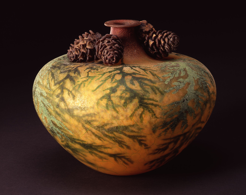 William Morris,  Vase with Cedar Boughs and Cedar Cones    (2004, glass, 7 7/8 x 9 1/8 x 9 1/8 inches), WM.30