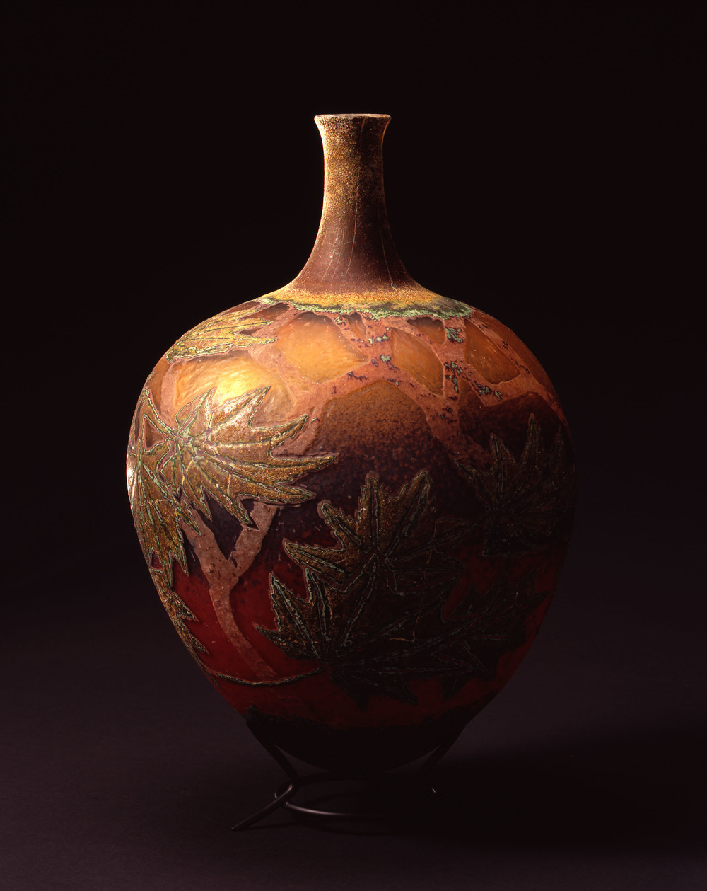 William Morris,  Vessel with Vine Maple Leaves    (2004, glass, 14 1/2 x 9 5/8 x 9 5/8 inches), WM.31