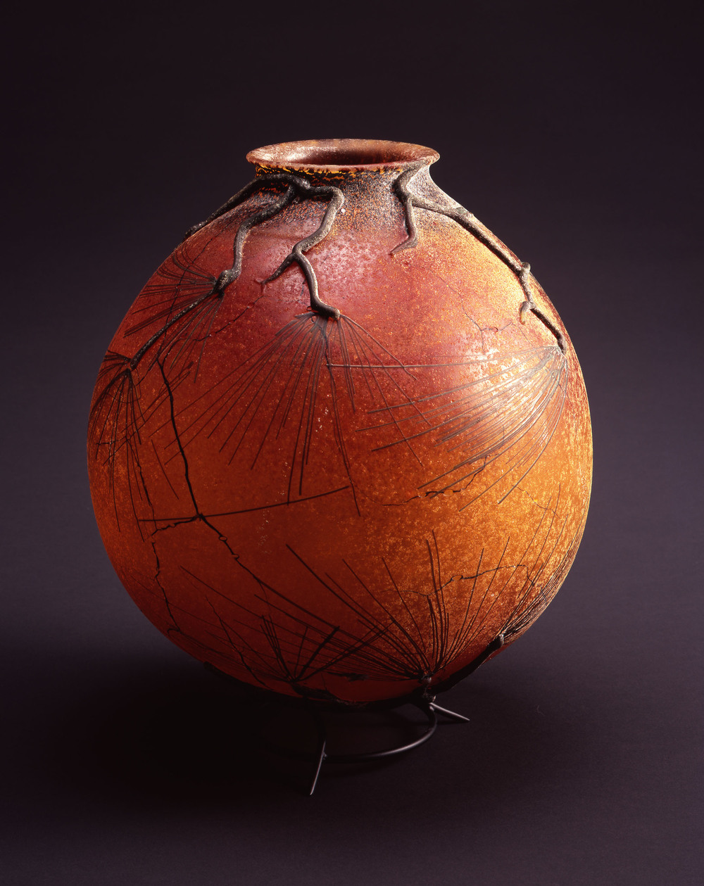 William Morris,  Globe Vessel with Ponderosa Pine Boughs,  (2004, glass, 14 1/8 x 12 x 12 inches), WM.41