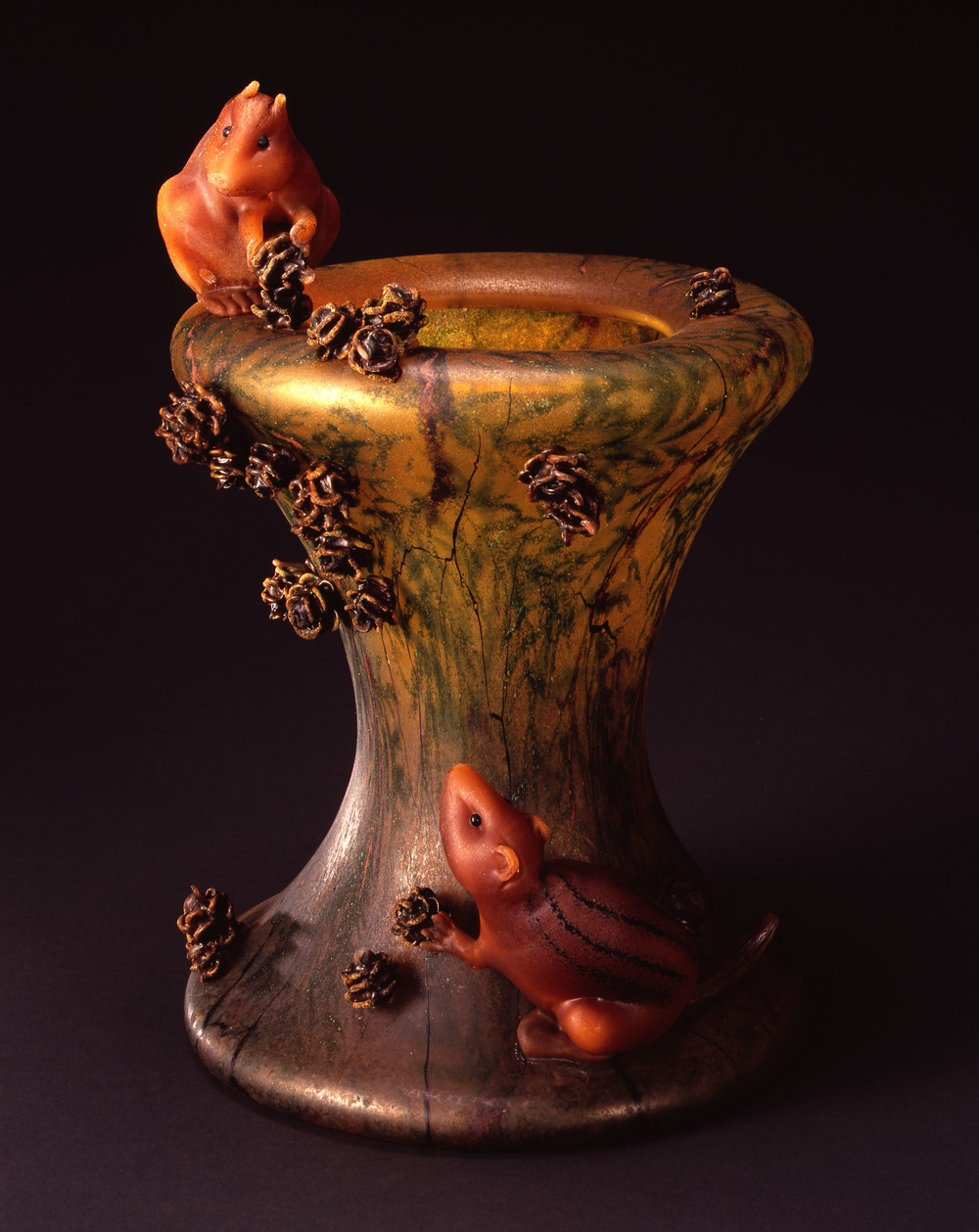 William Morris,  Vase with Cedar Boughs and Golden-mantled Ground Squirrels  (2004, glass, 14 3/4 x 10 1/4 x 9 5/8 inches), WM.55