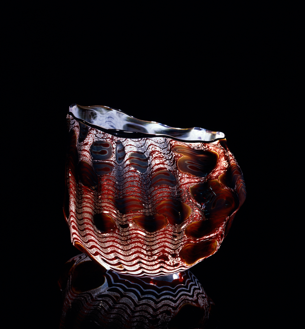 Dale Chihuly,  Birch Macchia with Raw Umber Lip Wrap  (1981, glass,7 x 9 x 7 inches), DC.76