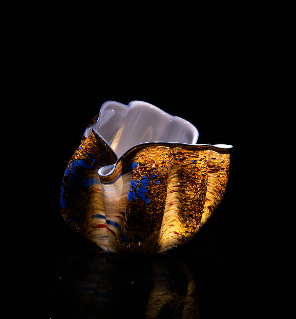 Dale Chihuly,  Citrus Macchia with Zaffre Blue Lip Wrap  (1981, glass, 7 x 11 x 7 inches), DC.122