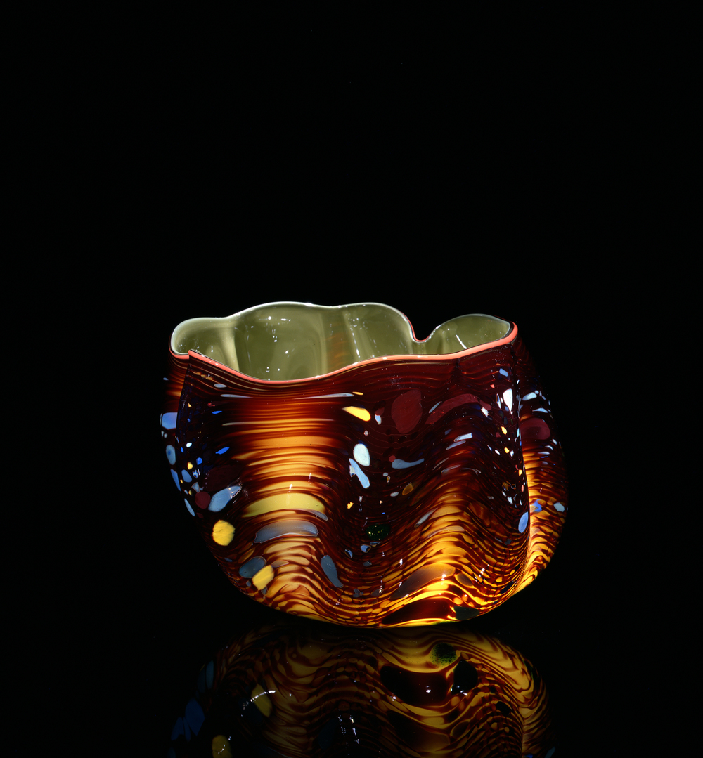 Dale Chihuly,  May Green Macchia with Peach Lip Wrap  (1982, glass, 5 x 6 x 6 inches), DC.126
