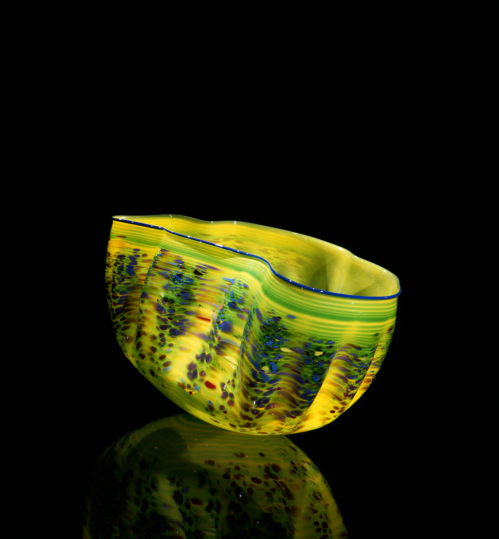 Dale Chihuly,  Succory Green Macchia with Aniline Lilac Lip Wrap  (1984, glass, 7 x 12 x 8 inches), DC.133