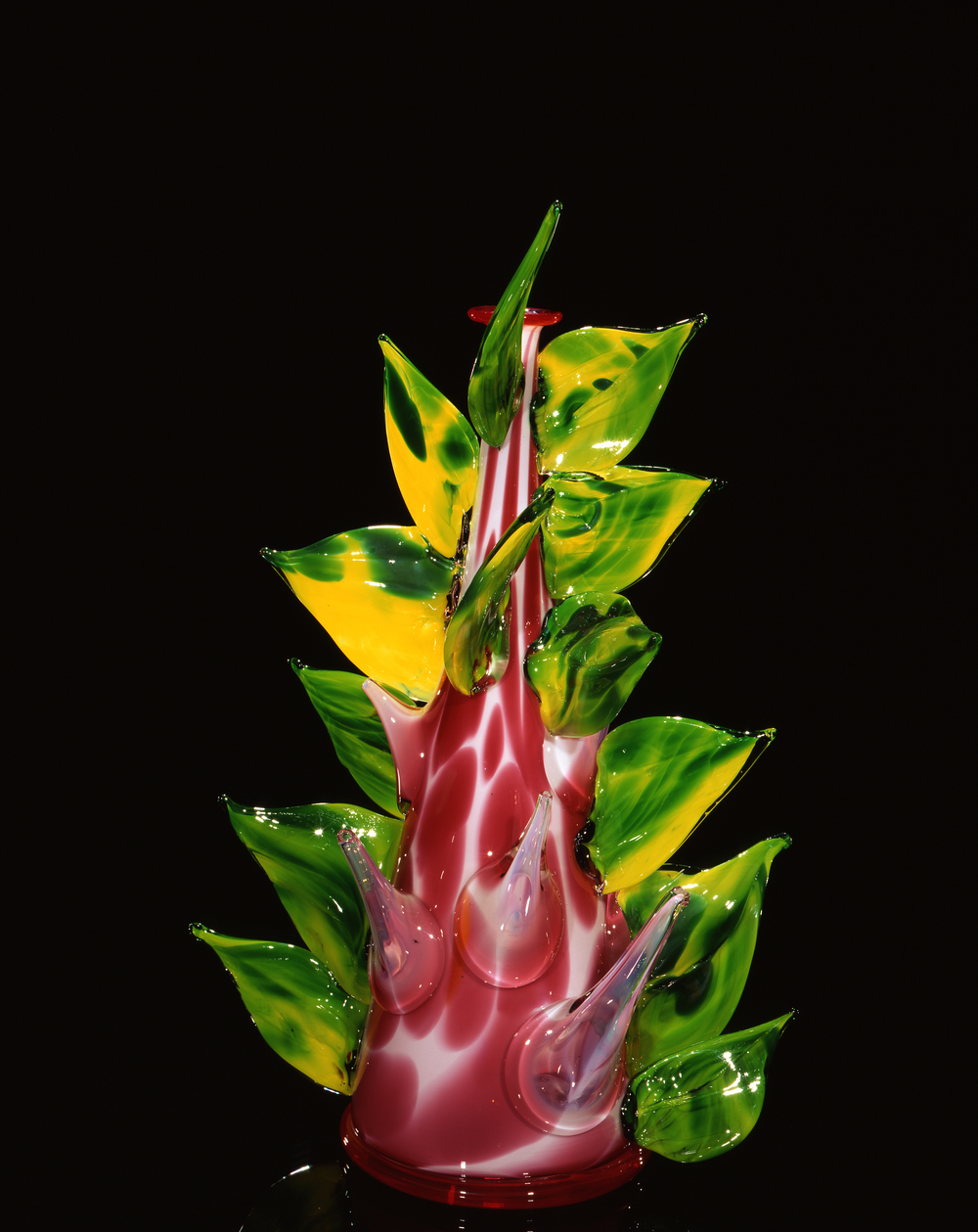 Dale Chihuly,  Strawberry Marbled Piccolo Venetian with Emerald Prunts  (1997, glass, 13 1/2 x 6 1/2 x 6 1/2 inches)