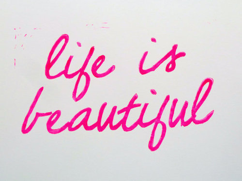 beautiful-life-pink-text-typography-Favim.com-412973_large.jpg