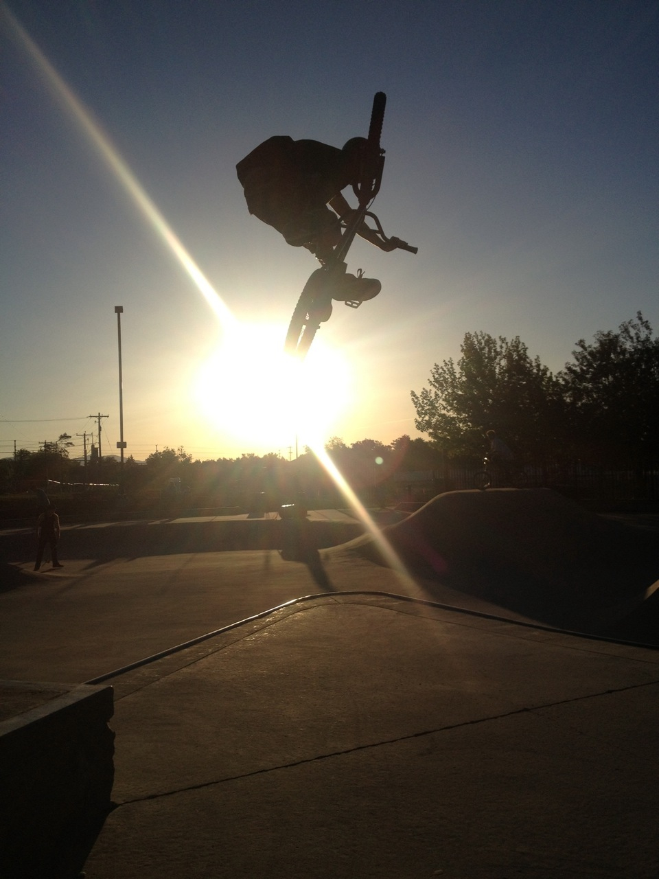 Some BMX action for ya, Greg Ingersoll. Guthre park. We will be posting BMX on this site all the time it is what flows deep within our veins to keep our hearts beating.
