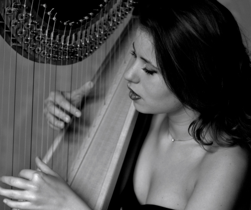 best harpist london