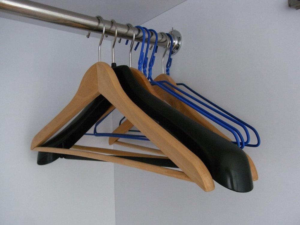 Photo Source: https://upload.wikimedia.org/wikipedia/commons/f/fe/HK_Sheung_Wan_%E8%A1%A3%E6%9E%B6_Clothes_hangers_in_black_June-2012.JPG