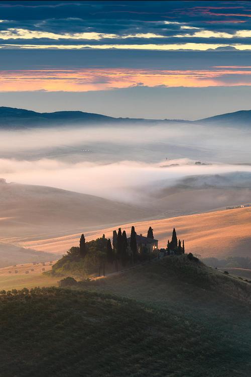 Tuscany, Italy by Elia Locardi