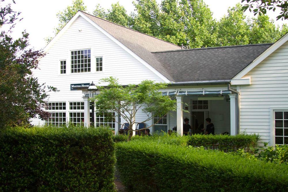 Hamptons_Amagansett_Meeting_House_14_03.jpg