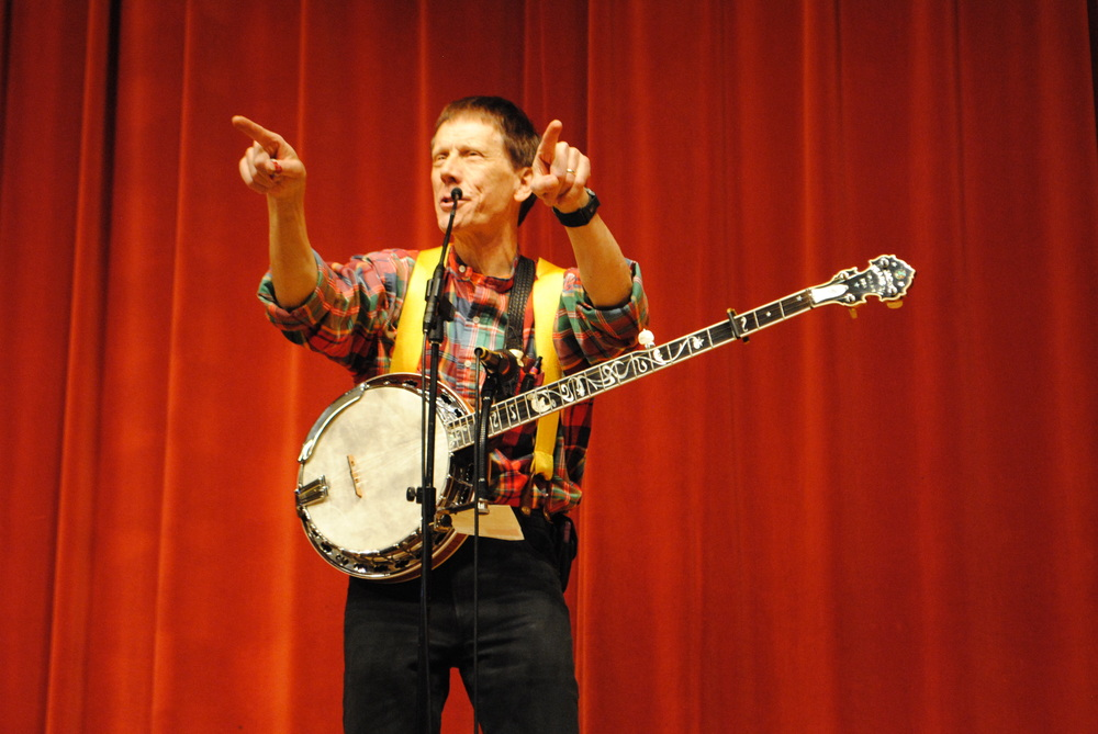 Minneapolis musician/storyteller Jack Pearson entertained students with his bullying message and music at Wadena Memorial Auditorium.