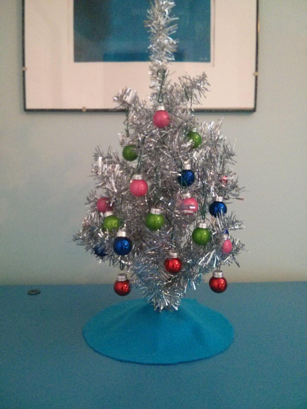 Petit arbre de Noël dans ma chambre